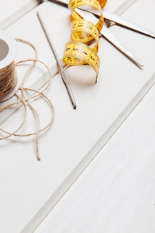 Ruban à mesurer et corde
