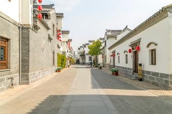 Rue typique du village