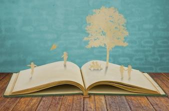 Silhouettes d'arbres et de personnes sur un bois