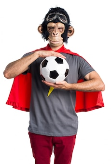 Superhéros, singe, homme, tenue, football, balle