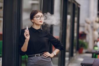 Tabac visage adulte lèvres visage