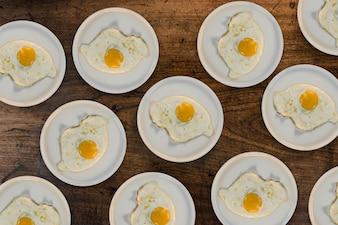 Tablette de cuisine chaude à l'omelette