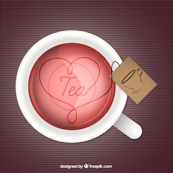 Tasse de thé avec un coeur