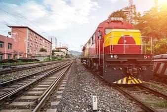 Train arrêté sur le chemin de fer