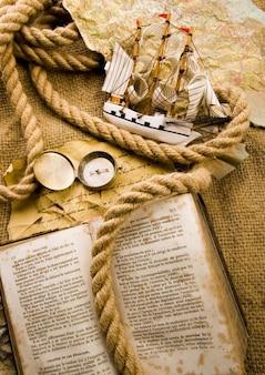 Vieux livre corde 24 terre