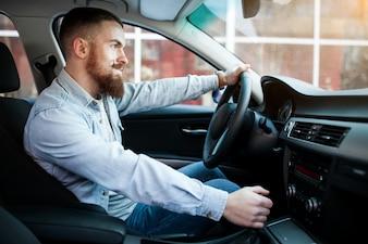 Voiture de voiture barrière de barbe adulte