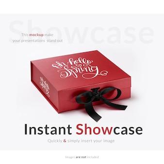 Caixa de presente vermelha simulada