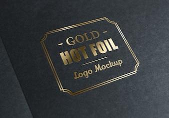 Carimbo de folha metálica com logotipo ouro