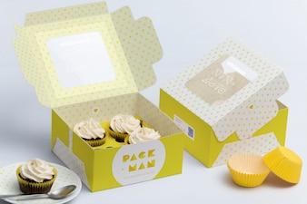 Diseño de mock up de caja para cupcakes