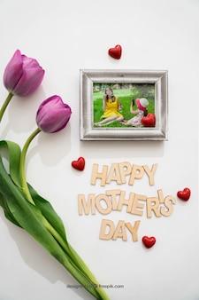 Elementos para el día de la madre con rosa