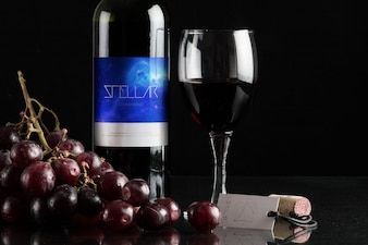 Garrafa de vinho mock up projeto