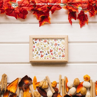 Maquete de outono com quadro