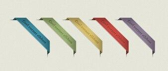 étiquettes colorées avec du ruban coin