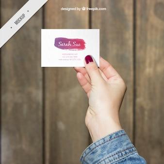 Biglietto da visita creativo con una pennellata acquerello