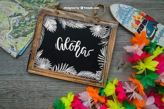 Decorazione Aloha con ardesia e tavola da surf