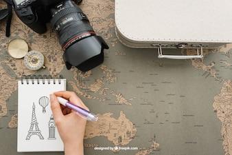 Elementi di viaggio con il blocchetto per appunti
