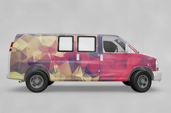 Il furgone creativo si esibisce