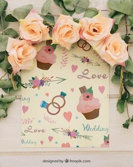 Modello di nozze con cornice floreale