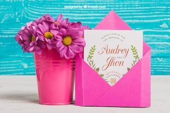 Hochzeitskonzept mit Blumentopf