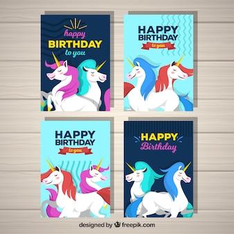 4 cartes d'anniversaire avec des licornes