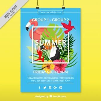 Affiche du festival d'été avec des oiseaux tropicaux et des feuilles de palmier