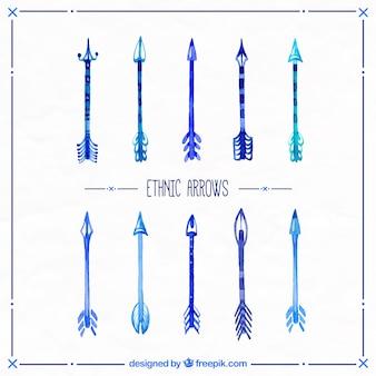 Aquarelle flèches ethniques dans des tons bleus
