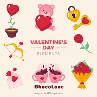 Articles colorés préparés pour Saint Valentin
