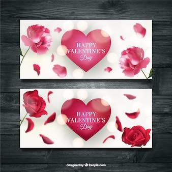 Bannières bokeh réalistes avec des coeurs et des fleurs