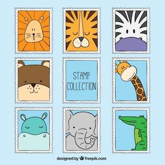 Belle main dessiné des timbres d'animaux sauvages