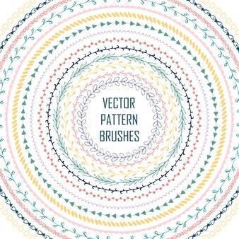 Brosses à motifs colorés