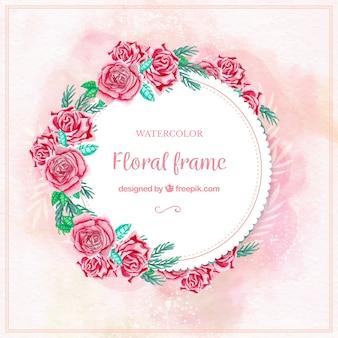 Cadre floral à l'aquarelle classique avec des roses