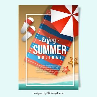 Carte d'été avec serviette de plage et parapluie