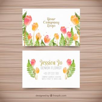 Carte de visite avec des fleurs d'aquarelle