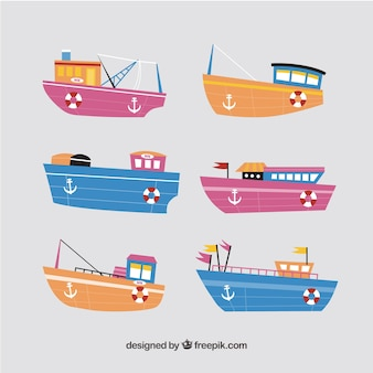 Collection de bateaux multicolores