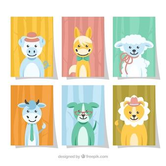 Collection de cartes mignonnes avec des animaux de bébé souriants