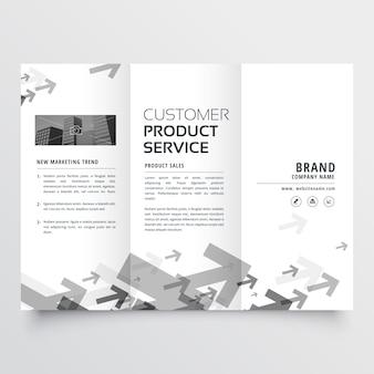 Conception de brochure à trois facettes avec des formes fléchées