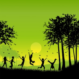 Des silhouettes d'enfants jouent à l'extérieur en chassant des papillons