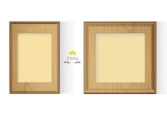 Deux cadres en bois sur fond blanc