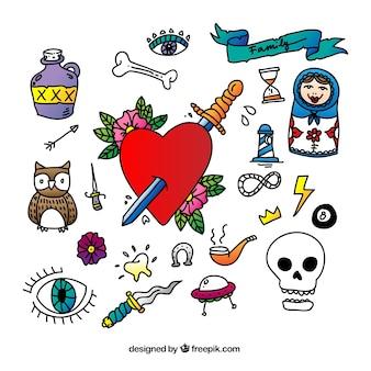 éléments de tatouage dessinés à la main