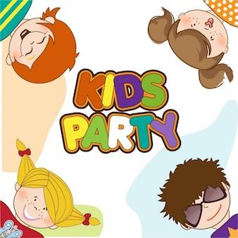 Enfants célébrant la fête d'anniversaire