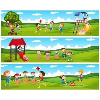 Enfants jouant collection bannières