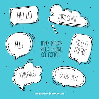 Ensemble d'esquisses de bulles de discours avec des messages
