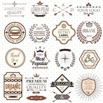 Ensemble d'étiquettes et d'éléments de conception rétro