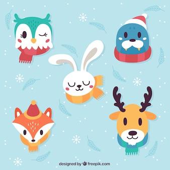Ensemble de cinq animaux d'hiver avec des foulards