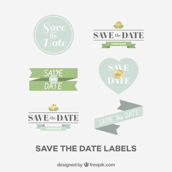 Étiquettes de mariage avec un style charmant