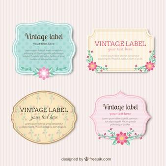 Étiquettes vintages avec des fleurs