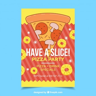 Feuillet de pizza à la main