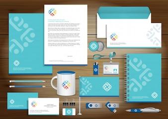 Identité visuelle de Digital tech, objets cadeaux modèle Design avec le concept de jeu de lien Résumé maquette. Papeterie de la technologie des affaires Vector Texture papier design