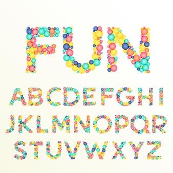 La police colorée et les lettres de l'alphabet sont les meilleures pour les styles de célébration amusants