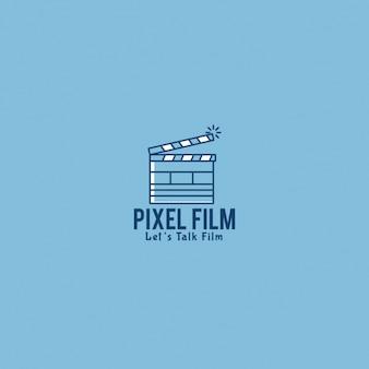 Logo du film avec un fond bleu